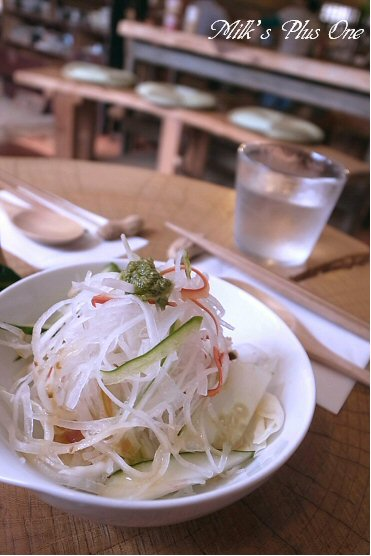 かりぃカフェ藁サラダ.jpg