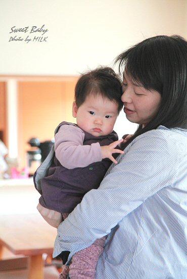 赤ちゃん_抱っこ.jpg